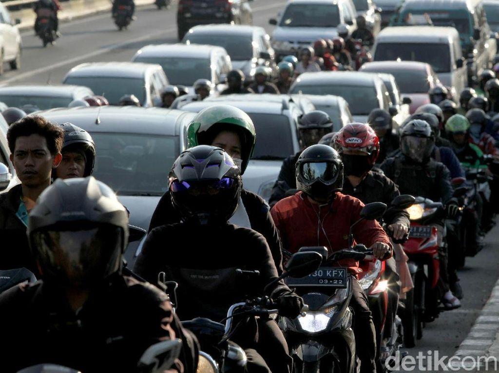 Di HUT DKI, Anies Pamer Tingkat Kemacetan Ibu Kota Menurun