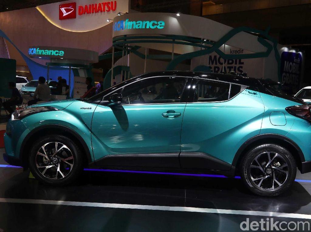 Toyota Mau Rilis Mobil Hybrid Lagi, Bisa Lebih Murah dari C-HR?