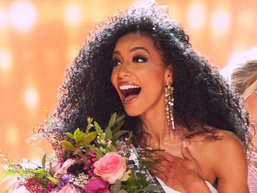 Foto: Juara Miss USA 2019, Pengacara Napi yang Cantik dengan Rambut Afro
