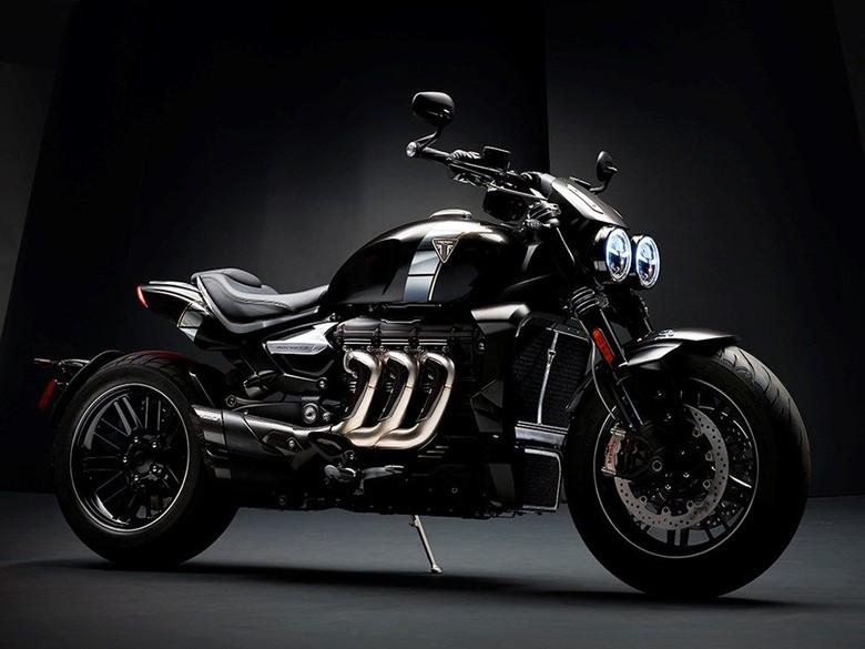 Moge Triumph Ini Gendong Mesin 2.458 cc!