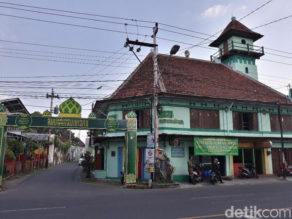 Foto: Dahulu Toko Candu, Kini Jadi Masjid Bersejarah