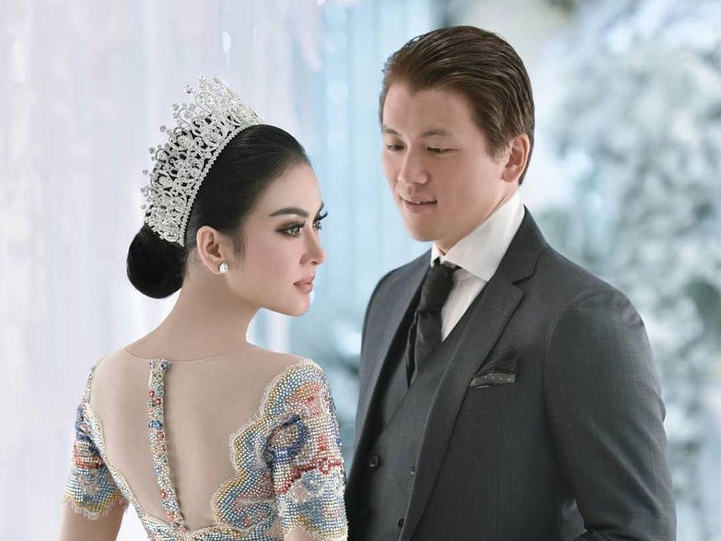 Detail Gaun Pengantin Indah Syahrini Rancangan Sebastian Gunawan