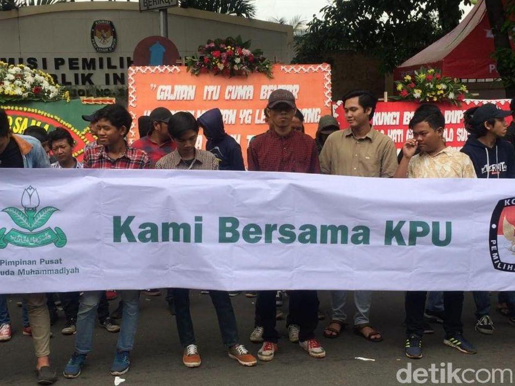 PP Pemuda Muhammadiyah Gelar Aksi Dukung KPU