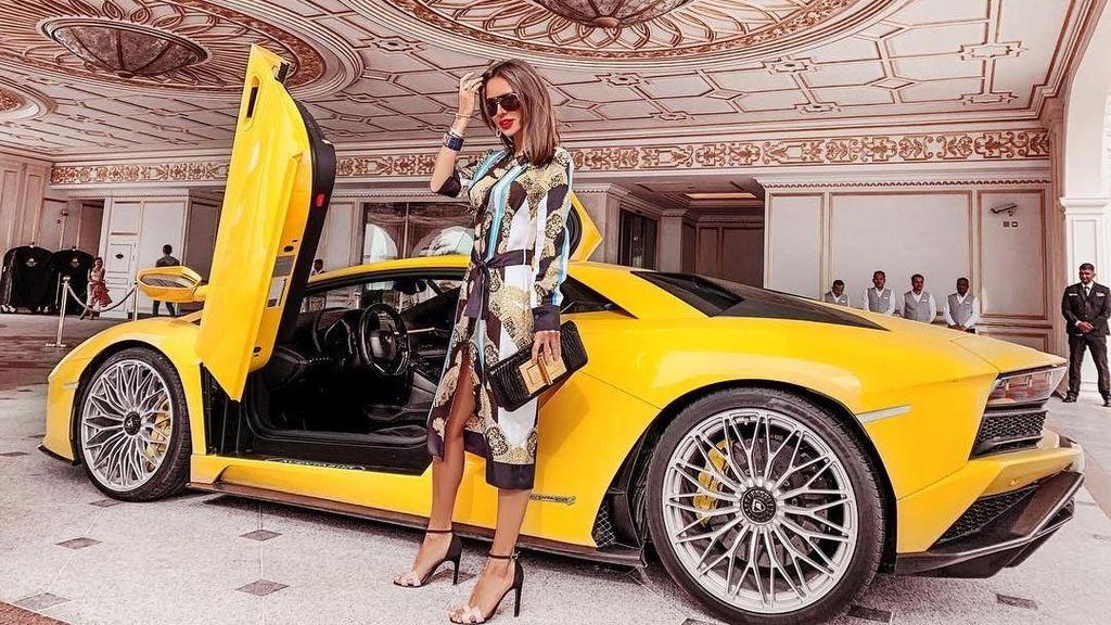 Gaya Hidup Mewah Selebgram Tajir, Pamer Lamborghini Hingga Kapal Pesiar