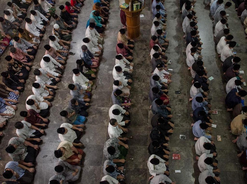 Keutamaan Salat Subuh Berjamaah di Masjid bagi Laki-laki
