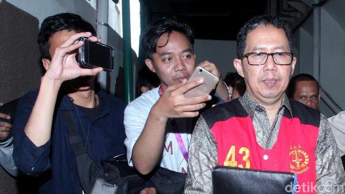 Joko Driyono, mantan plt ketua umum PSSI, menjalani sidang dakwaan perusakan abrang bukti yang pertama. (Lamhot Aritonang/detikSport)