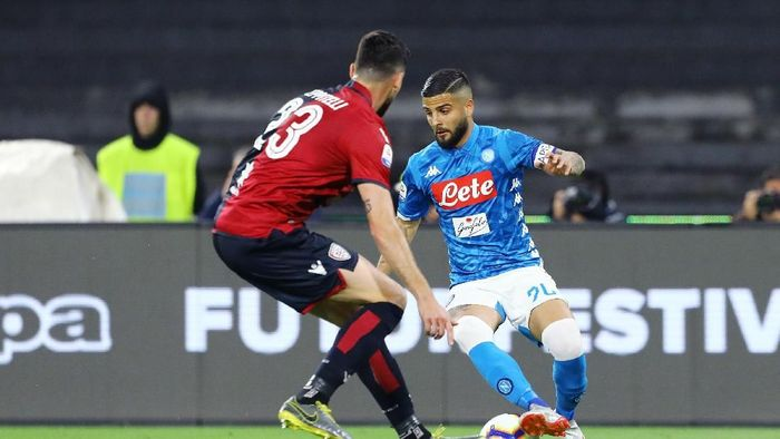 Napoli menang 2-1 atas Cagliari. (Foto: Francesco Pecoraro/Getty Images)