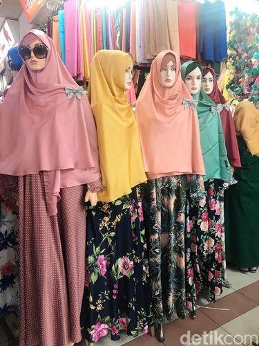 Hijab Syar'i Kaprikornus Tren Baju Idulfitri di Tanah Abang, Mulai dari Rp 60 Ribuan