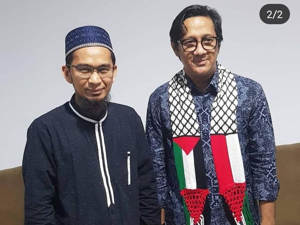 Andre Taulany Peluk Ustaz Adi Hidayat, Teuku Wisnu: Welcome Mas Bro!