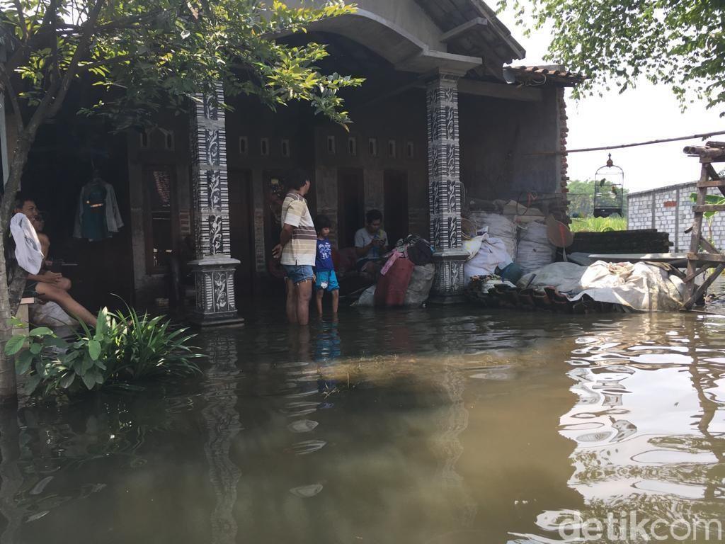 Penyebab Banjir di Mojokerto 5 Hari Tak Kunjung Surut