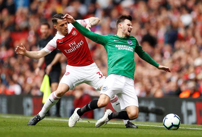 Arsenal bertanding melawan Brighton di Emirates, Minggu (5/5/2019) malam WIB. Reuters/John Sibley.