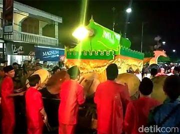 Potret Tradisi Arakan Sahur Sambut Ramadhan di Jambi