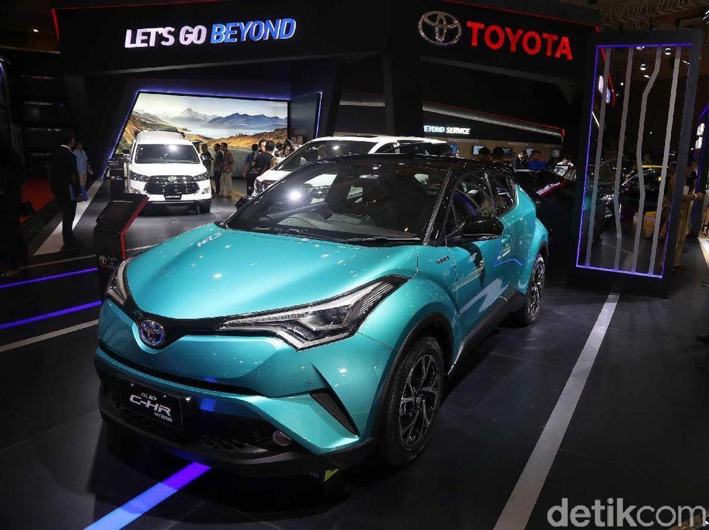 Toyota C-HR Hybrid Usung Mesin Baru Berkapasitas 2.0 Liter