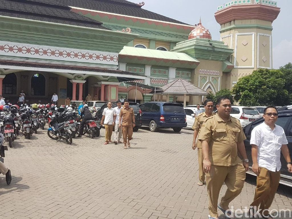 Masuk Kerja Jam 6 Pagi, Tingkat Kehadiran PNS Pemprov Banten 90%