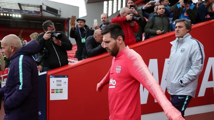 Jose Mourinho berbagi tips cara hentikan Lionel Messi (Lee Smith/REUTERS)