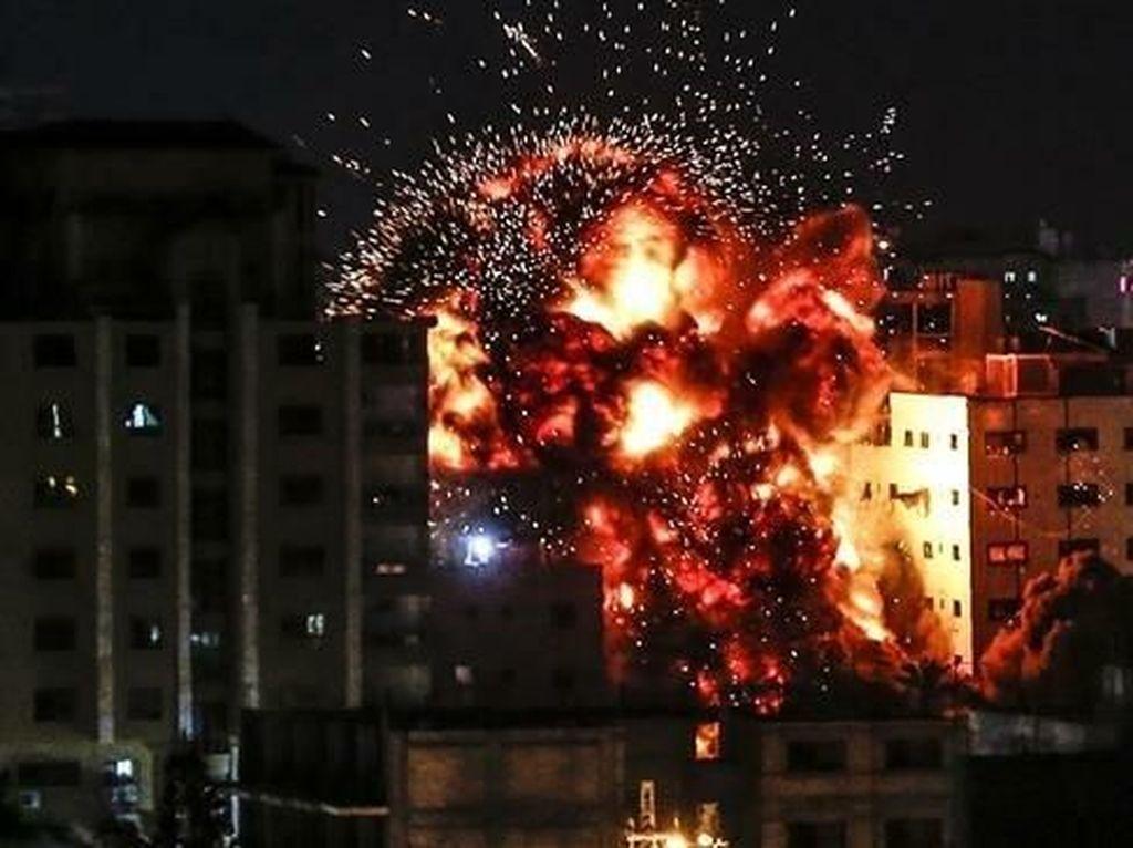 Presiden Iran Serukan Negara Islam Cegah Pembantaian Warga Palestina