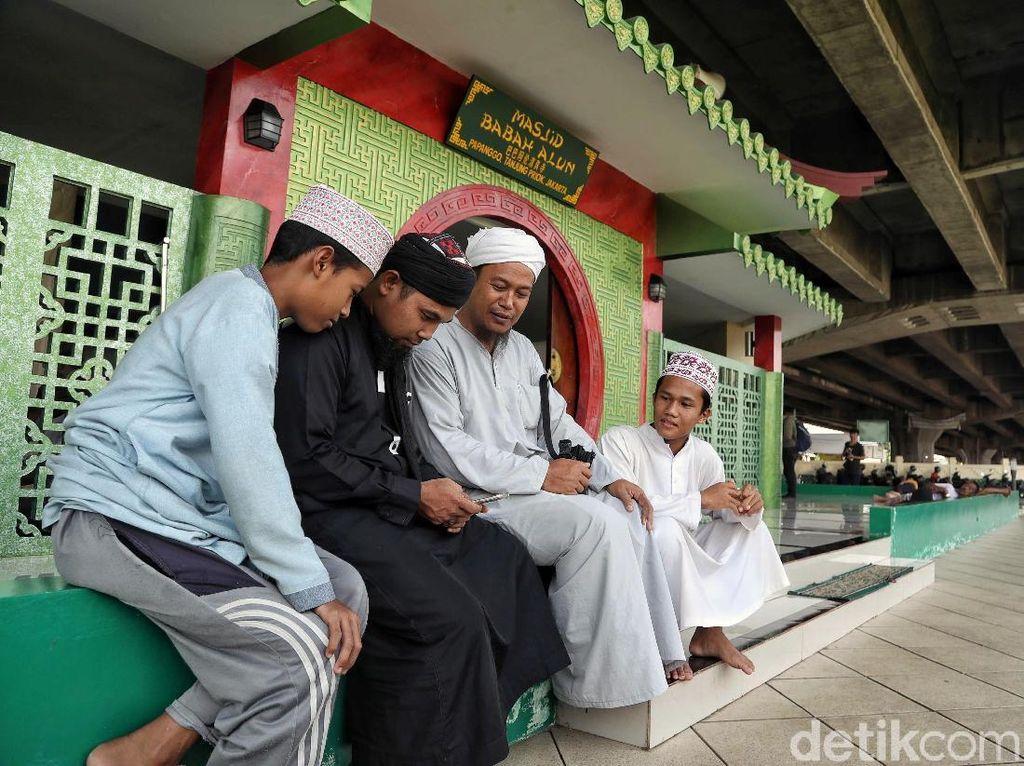 Potret Masjid dengan Nuansa Tionghoa di Indonesia