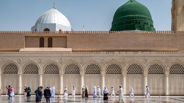 Alhamdulillah Masjid Nabawi kembali dibuka