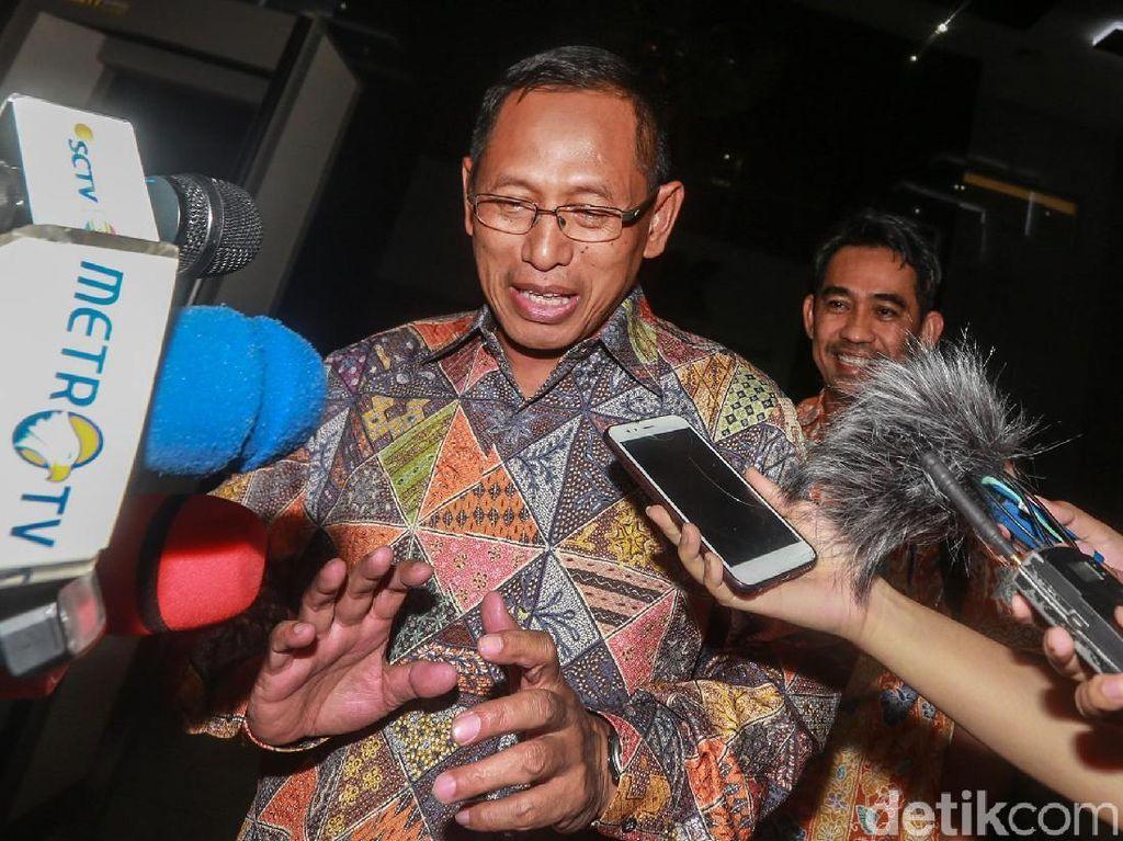 Video: Usai Diperiksa, Plt Dirut PLN Ngaku Tak Ikut Bahas PLTU Riau-1