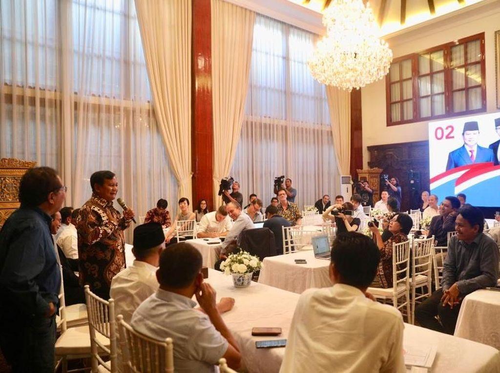 TKN: Undang Media Asing, Prabowo Ingin Ulang Skenario Venezuela