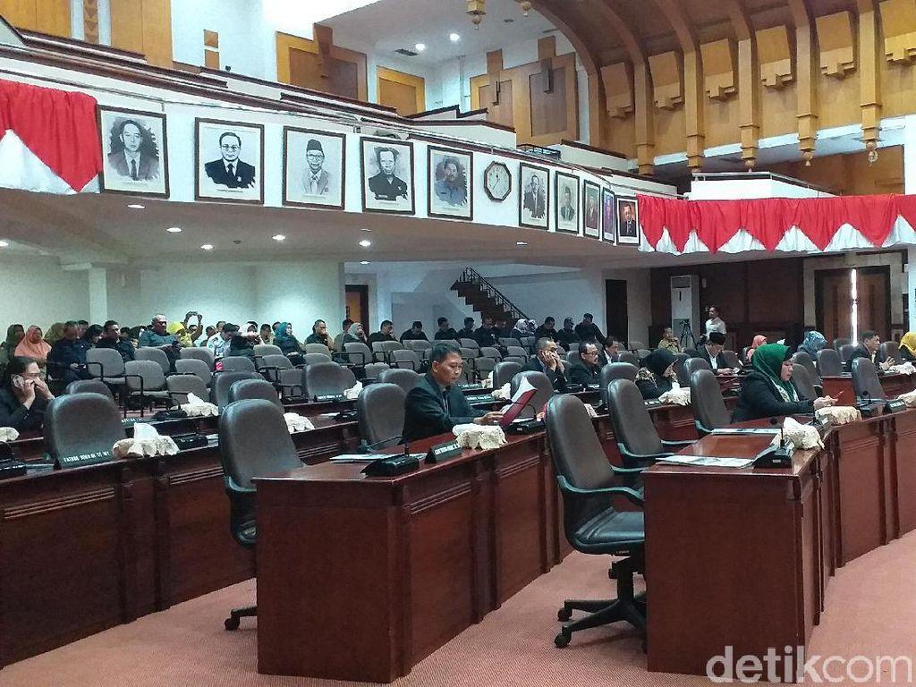 Ini Nama 50 Caleg yang Diprediksi Mengisi Kursi DPRD Kota Surabaya