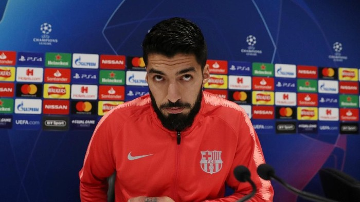 Soccer Football - Champions League - FC Barcelona Press Conference - Anfield, Liverpool, Britain - May 6, 2019   FC Barcelonas Luis Suarez during the press conference   Action Images via Reuters/Lee Smith