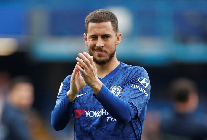 Soccer Football - Premier League - Chelsea v Watford - Stamford Bridge, London, Britain - May 5, 2019  Chelseas Eden Hazard applauds the fans before the match   Action Images via Reuters/Matthew Childs  EDITORIAL USE ONLY. No use with unauthorized audio, video, data, fixture lists, club/league logos or