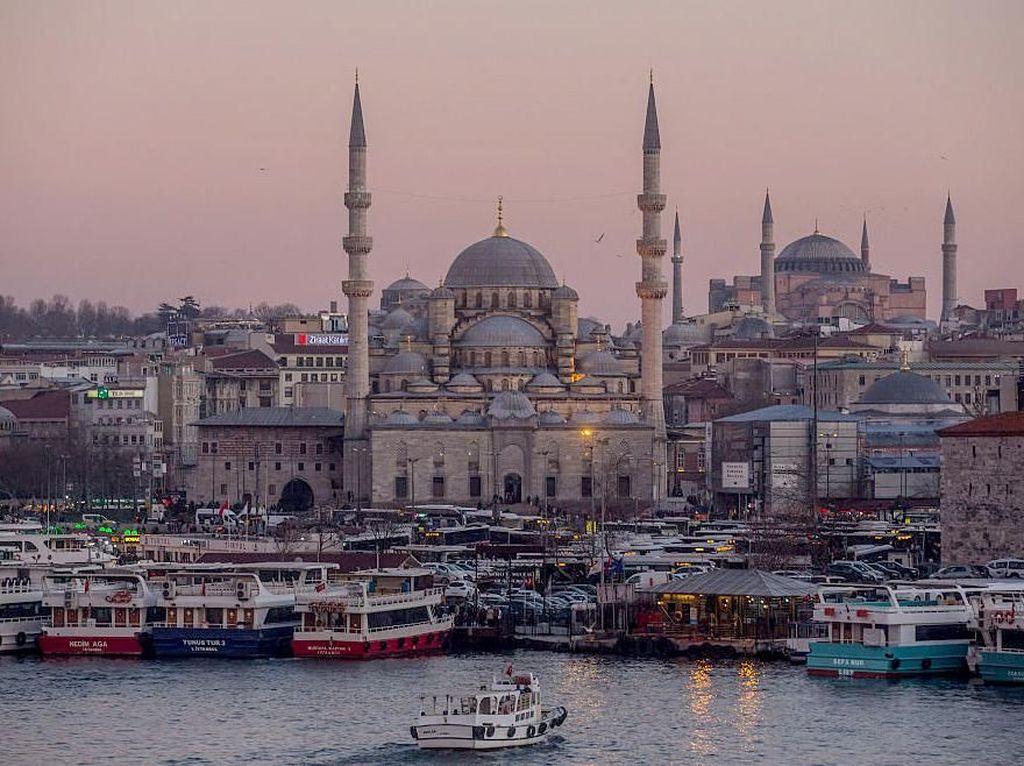 Ke Turki Kala Pandemi, Siapa Takut?