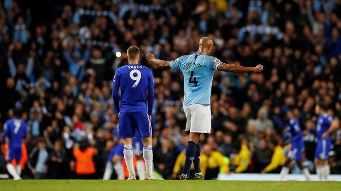 Manchester City mengalahkan Leicester City untuk kembali ke puncak klasemen Liga Inggris (Foto: Phil Noble/Reuters)