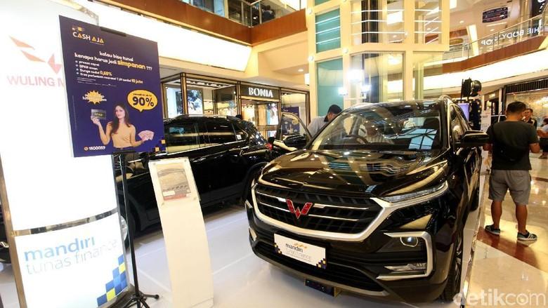 Banyak Pedagang Mobkas Belum Berani Jual Mobil China