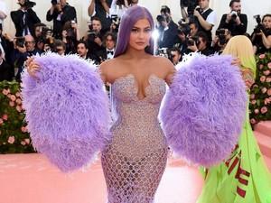 Wow, Kylie Jenner Bayar Jasa Pengawal Pribadi Rp 5,6 Miliar per Bulan