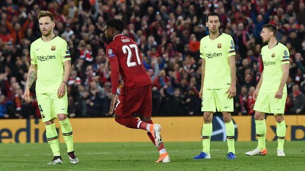 Barcelona kalah 0-4 di Anfield.