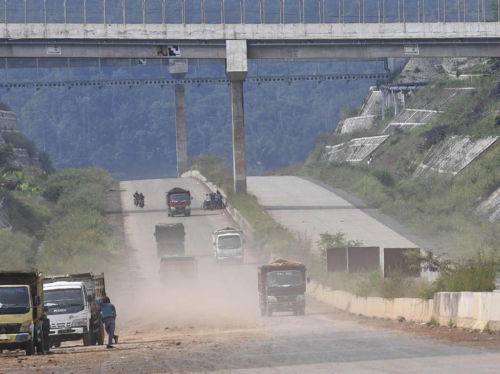 Pembangunan Tol Cisumdawu Berkutat di Kendala Lahan