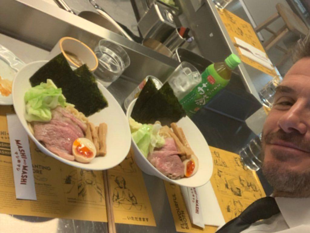 Di Hong Kong, David Beckham Makan Dua Mangkuk Wagyu Tsukemen