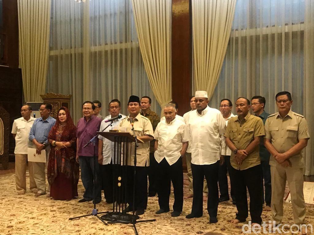 Bachtiar Nasir Tersangka, Prabowo Imbau Pendukung Tetap Tenang