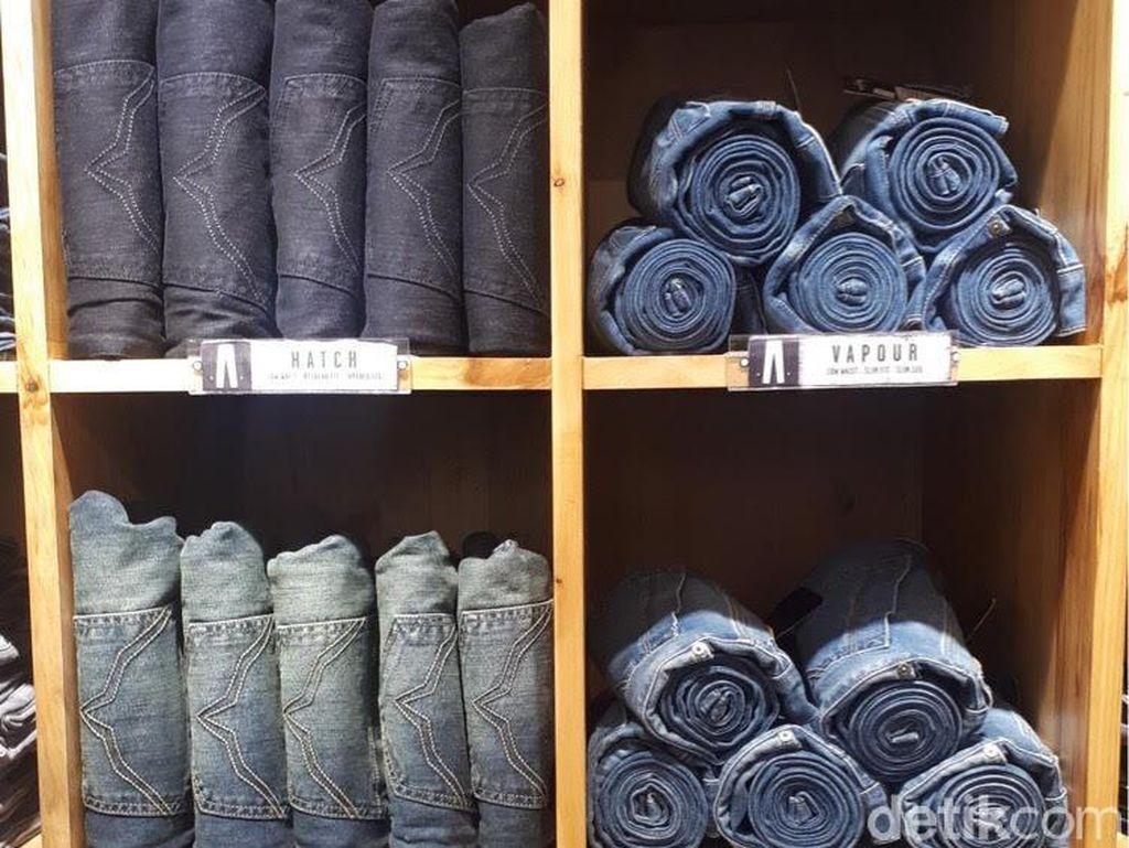 Serunya Desain Tato Denim di Custom Studio Pepe Jeans