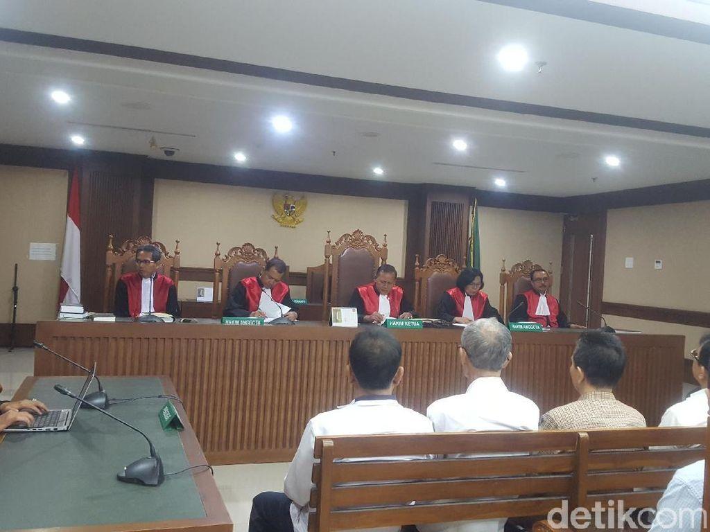 Terbukti Terima Suap, 6 Eks Anggota DPRD Sumut Divonis 4 Tahun Bui