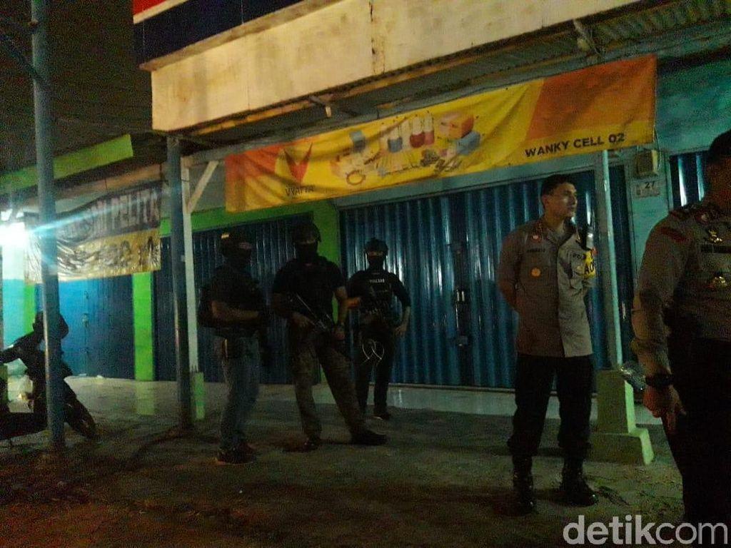 Besok Polisi Olah TKP Toko HP di Bekasi yang Simpan Bom Pipa