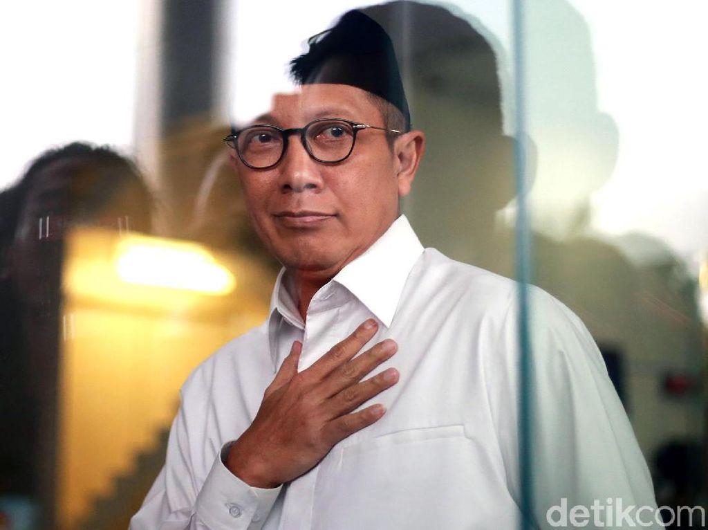 Ekspresi Menag Usai Diperiksa 5 Jam Oleh KPK