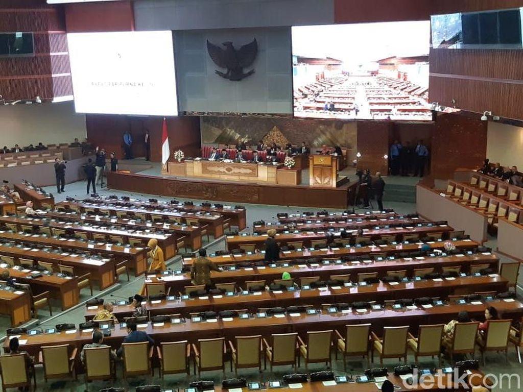 Dari Total 560 Orang, 281 Anggota DPR Hadiri Rapat Paripurna