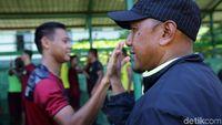 Coach Rahmad Darmawan Si Family Man