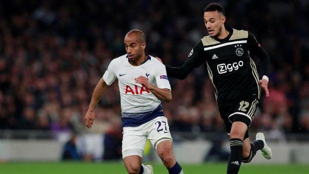 Pelatih Fisik Ajax: Pemain Tak Bertanggung Jawab Jika Puasa