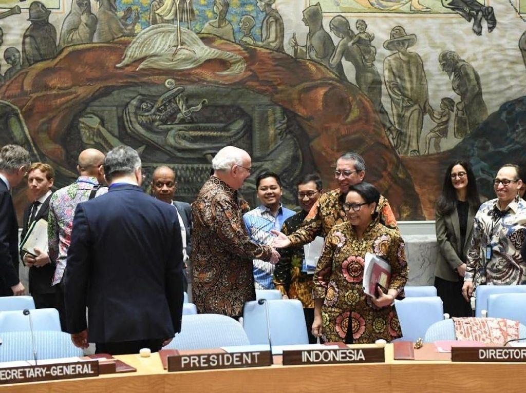 Video Nuansa Batik di Sidang Delegasi Dewan Keamanan PBB