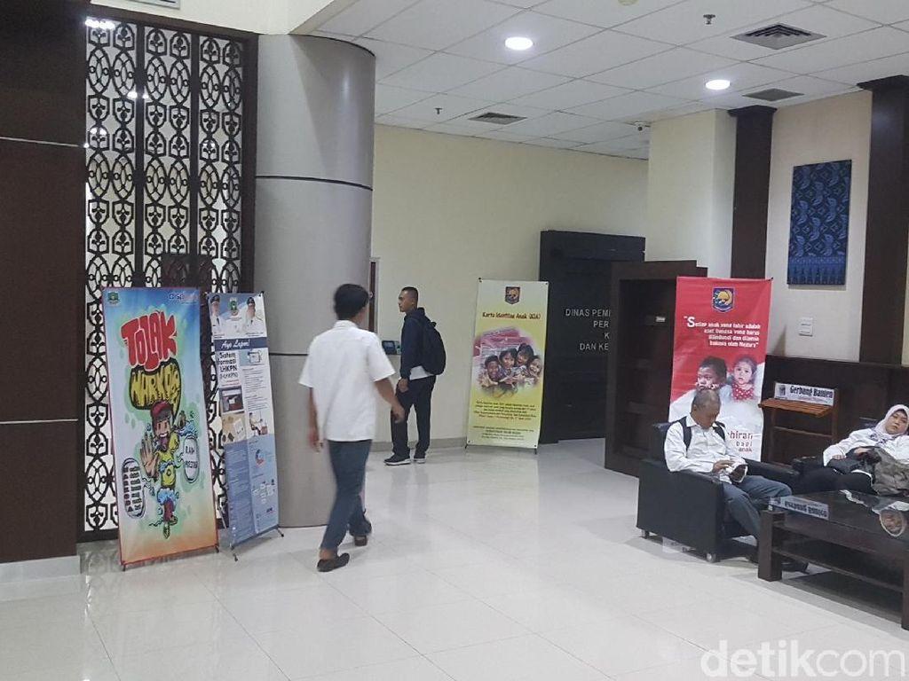 Masuk Jam 6 Pagi Saat Ramadhan, PNS Banten Telat hingga Salah Seragam