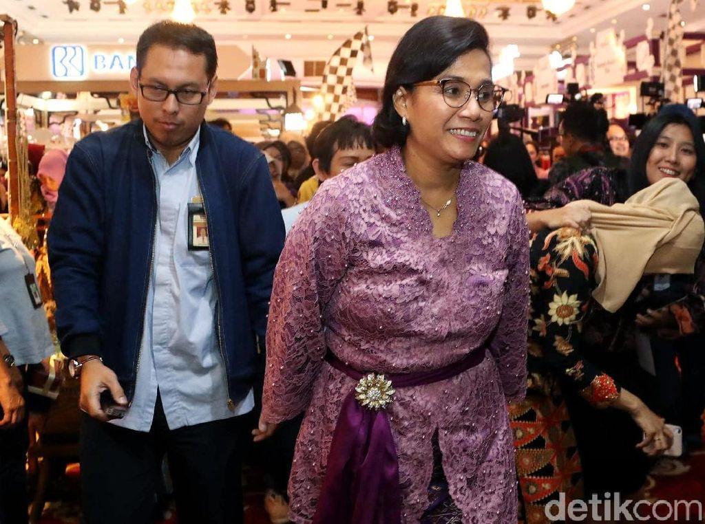Berkebaya Pink, Sri Mulyani Buka DhawaFest Pesona 2019