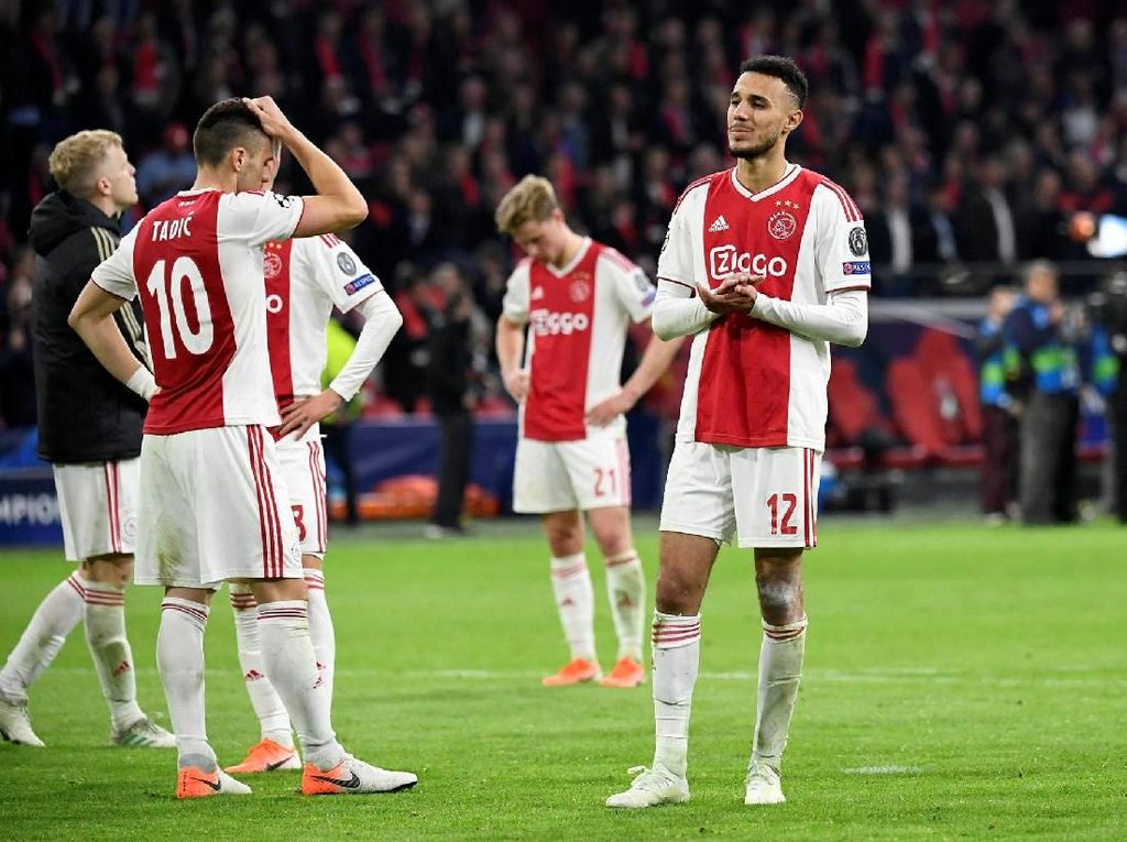 Mimpi Buruk Ajax Amsterdam di Menit 96