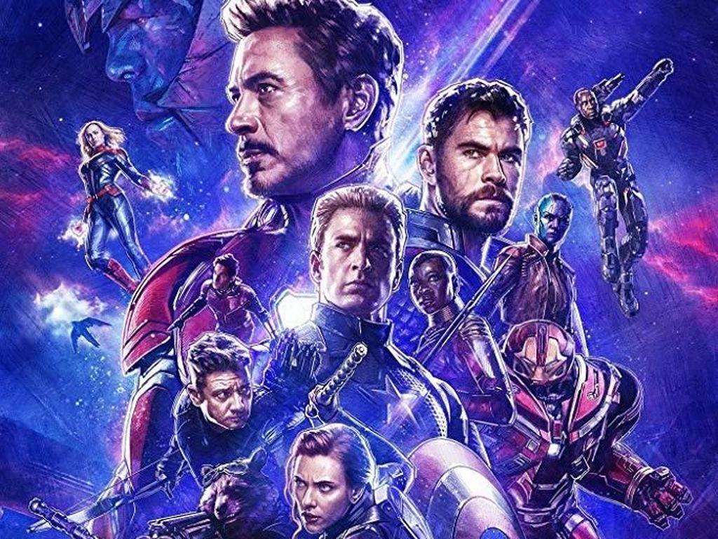 Para Pahlawan Avengers Siap Melawan Donald Trump