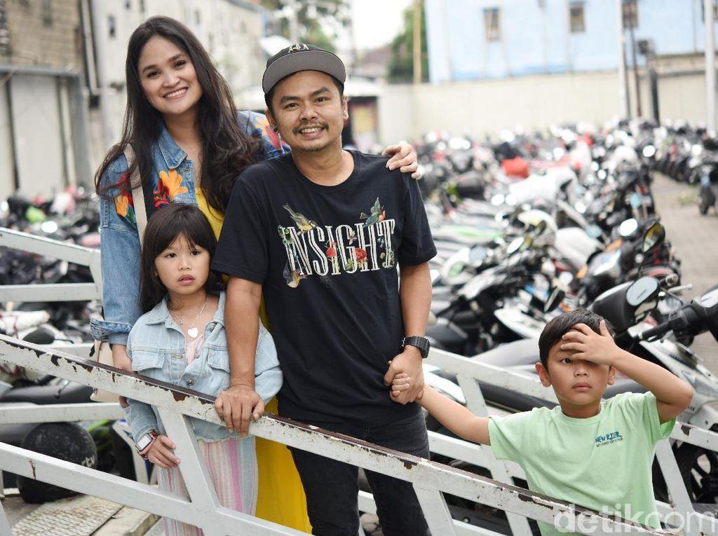 Hamil Anak Ketiga, Istri Wendy Cagur Ngidam Pelihara Ikan Cupang
