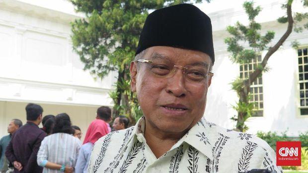 Ketua Umum PBNU Said Aqil Siraj selaku anggota Dewan Pengarah BPIP usai bertemu dengan Presiden Joko Widodo, di Kompleks Istana Kepresidenan, Jakarta, Kamis (9/5).