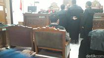 Saksi Tidak Hadir, Sidang Joko Driyono Ditunda hingga 28 Mei